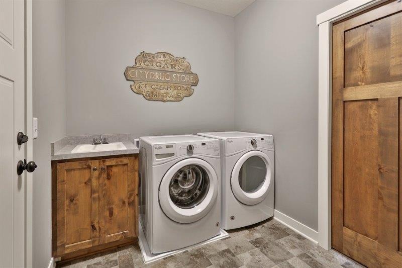 Laundry Tiffany.jpg