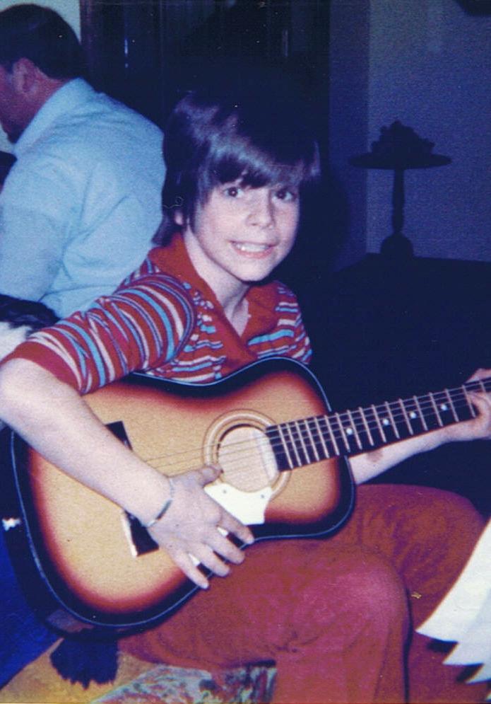 1st guitar 12281977b.jpg
