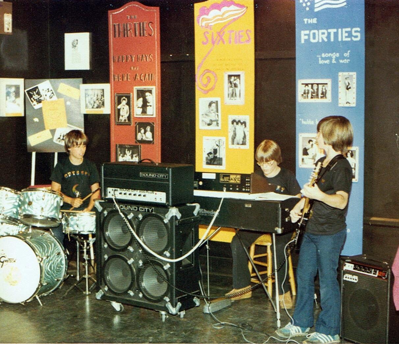 1st gig 1977a.jpg