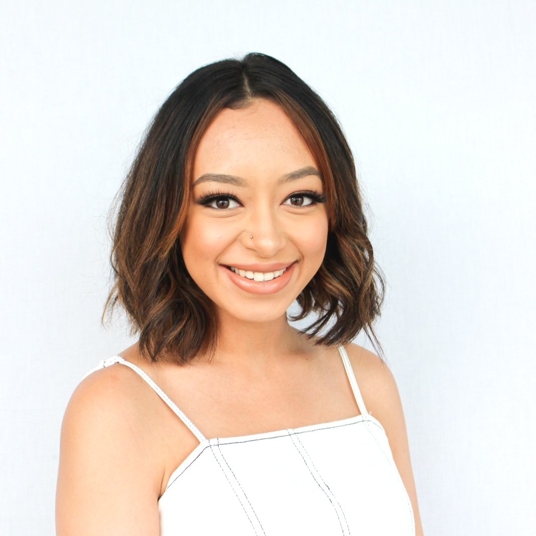 Neilani Barcias - APPRENTICE - Neilani has always been inspired by fashion, art, and everything in the beauty industry. Being from a small town in Louisiana where there wasn't much in the way of creativity or style, she would watch and replicate hair and makeup looks for fun. She always did her own hair and makeup for homecoming and prom, as well as her friends. Upon graduating high school, she moved to Texas for college where she studied nursing for two years. Although she continued to do hair and makeup on the side, in her heart she just knew that being a nurse wasn't her path. She quickly realized it was time to make her passion for hair and makeup her full time job. She recently graduated from Avenue Five Institute where she discovered her love for hair lies in color. Neilani is currently an apprentice in the Deep Roots color program, and is excited to be on this journey.