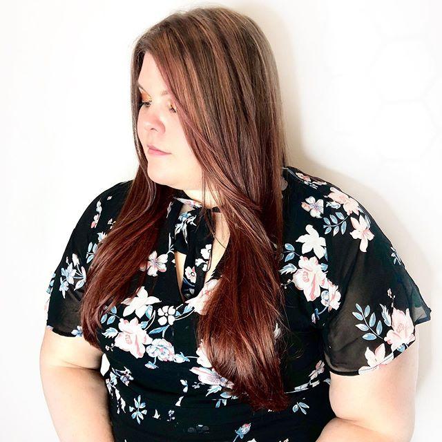 Summer is for reds. Balayage, cut and style by me. . . .  #deeprootsatx #austinhairsalon #atxhairsalon #modernsalon #hairofinstagram #hairoftheday #hairgoals #hairjoy #atxhairstylist #atxbest #bestofatx #newbusiness #goodvibes #cedarpark #cedarparkhairstylist #cedarparkhairsalon #summer #summervibes #feelinggoodashell #redhair #color #floral #balayage