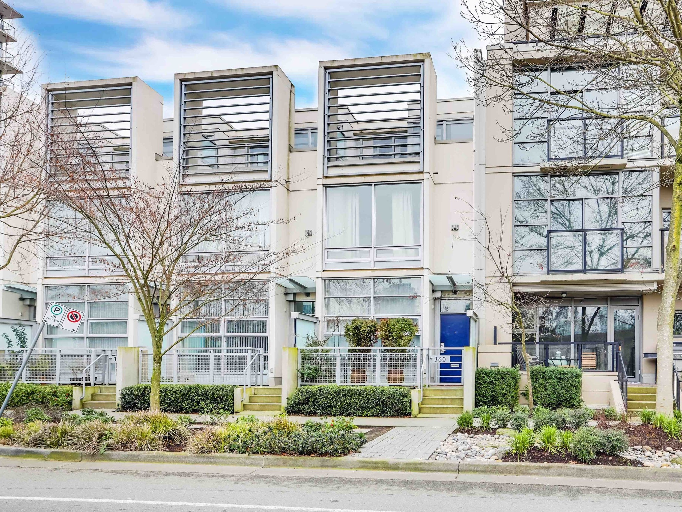 SOLD - 360 W 1ST AVENUEOLYMPIC VILLAGE, VANCOUVER