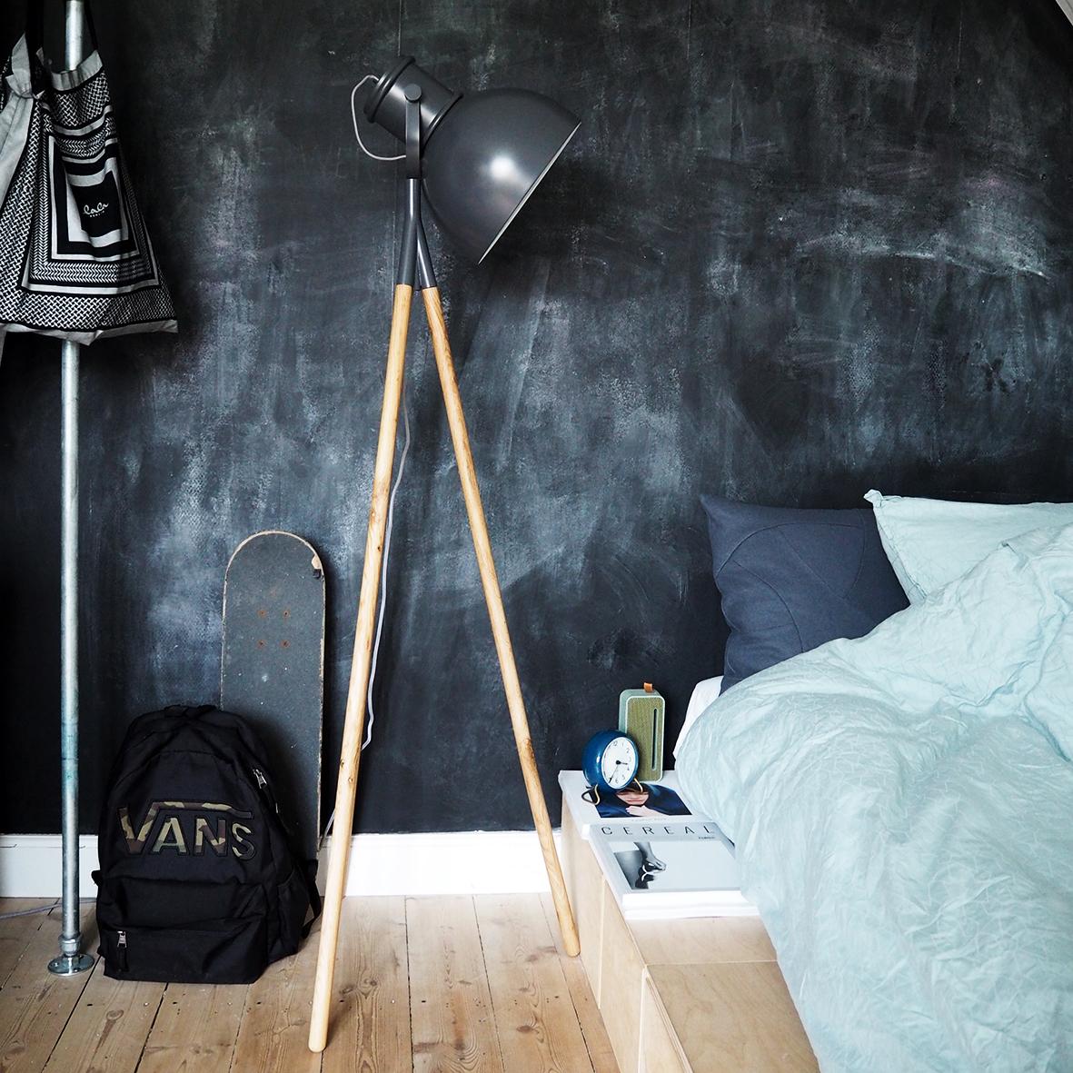 Floor lamp with fabric cord. Dimensions: H145 cm | Shade: ø28 cm Variants: Oak and grey metal matt Designer: Frandsen Design Studio    MORE