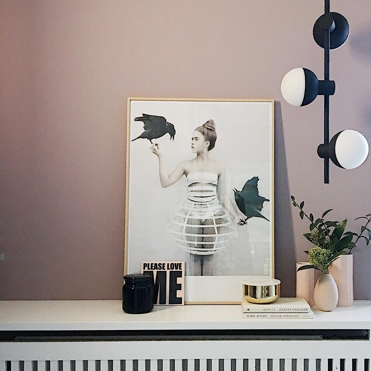 Fabian chandelier vertical - lifestyle HM 1507.jpg