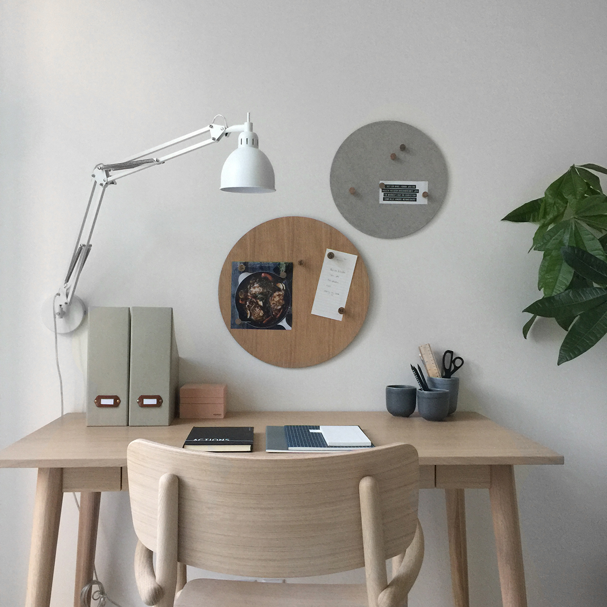 Job wall lamp white matt - lifestyle HM 4148.jpg
