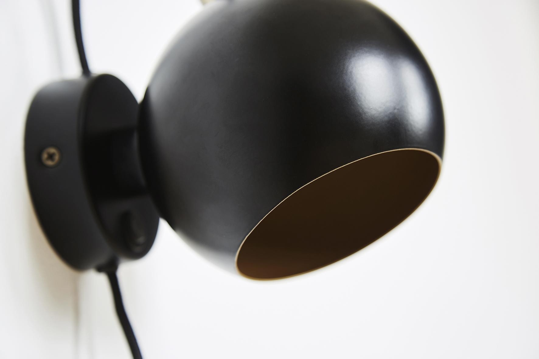 Ball wall lamp anniversary black matt - lifestyle closeup Raadhusgade 4355_V1.jpg