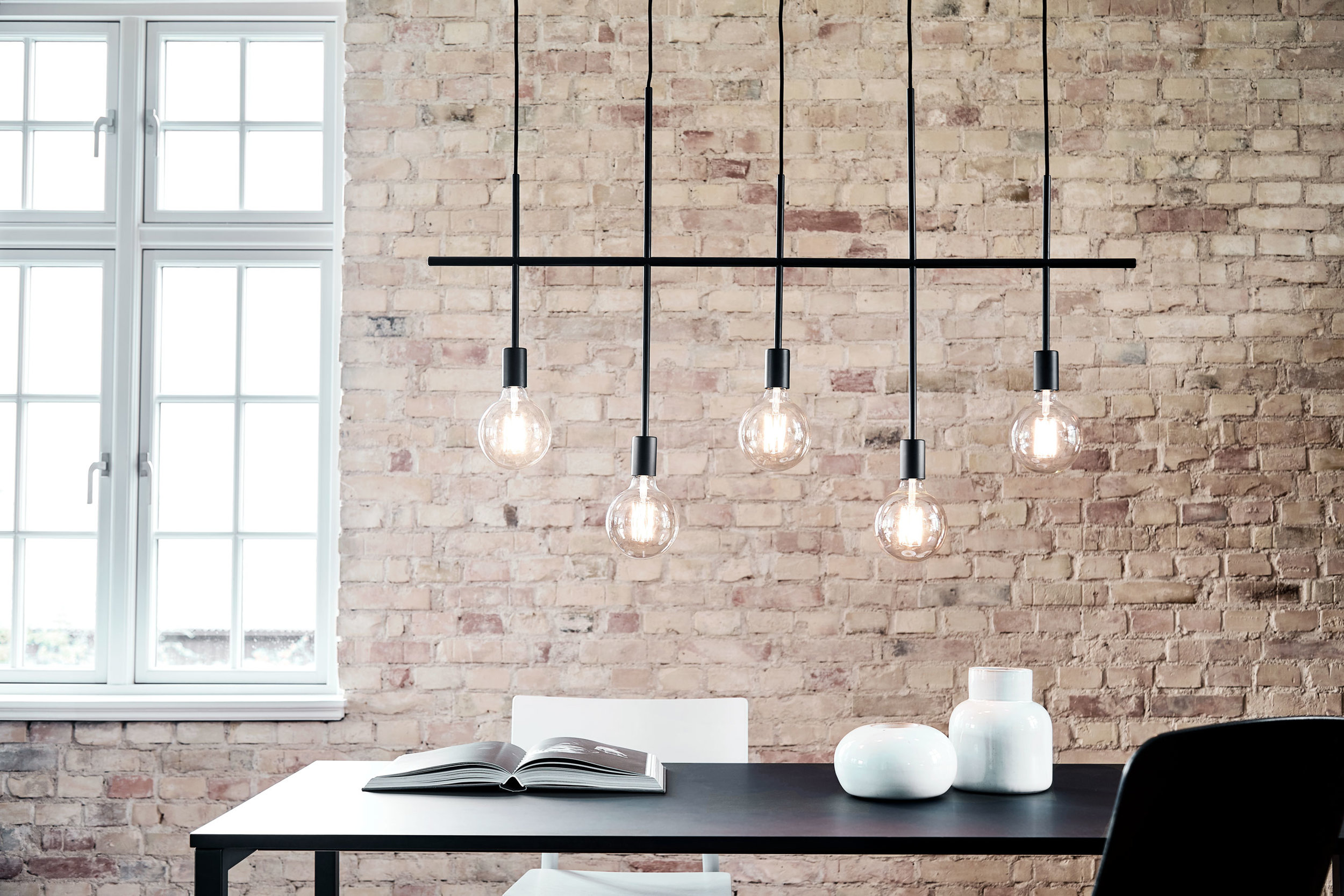 Chandelier in matt black with 5 arms. Dimensions: L75 cm Variants: Black  (NEW)     MORE