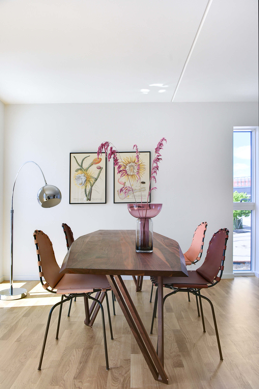 Lounge Mini floor chrome glossy - Lifestyle Heimstaden Teglhom 3113.jpg