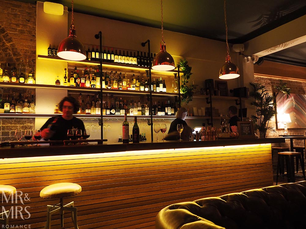 Mr-Mrs-Romance-Weekly-Edition-25-Darlings-Bistro-Rozelle-bar.jpg