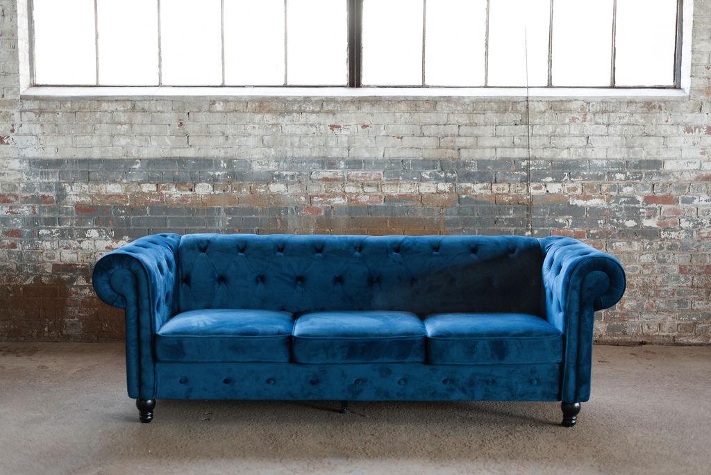 Chester Sofa in Blue Chester Velvet Tuft