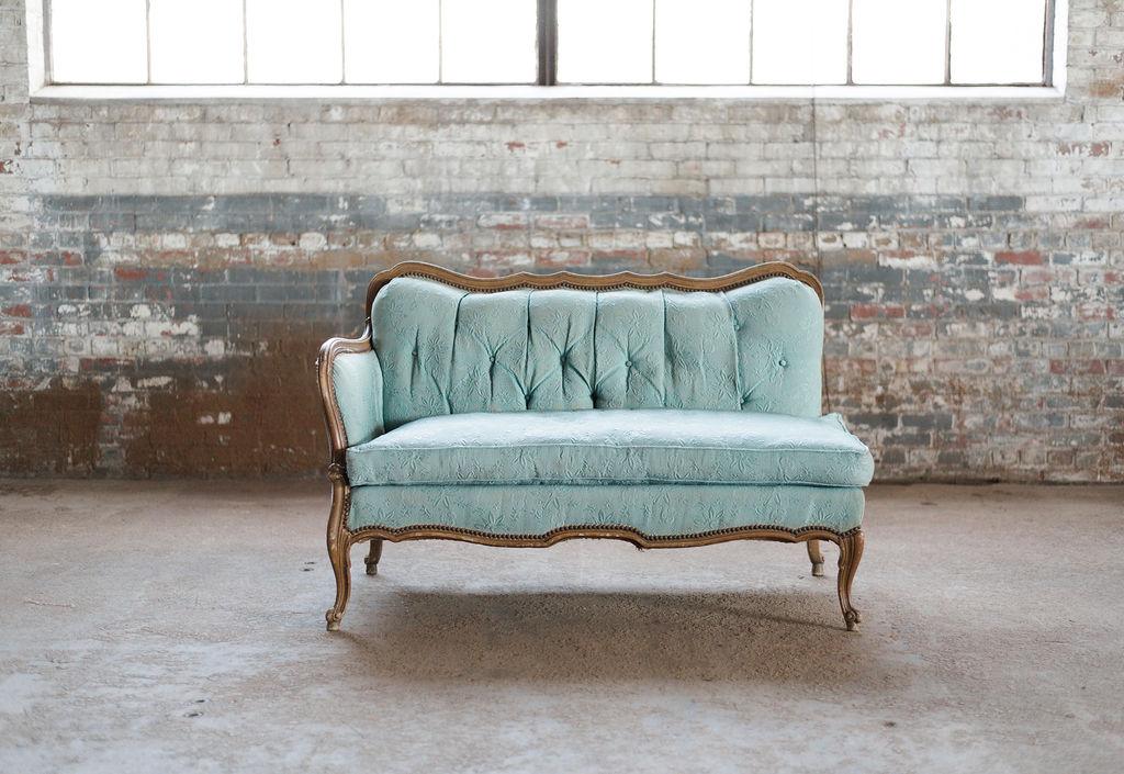 Jade Fainting Sofa in Green Tuft