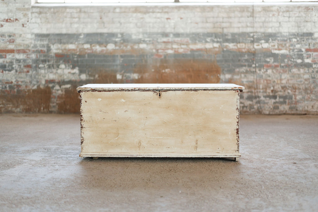 Ivory Hope Chest - Trunk