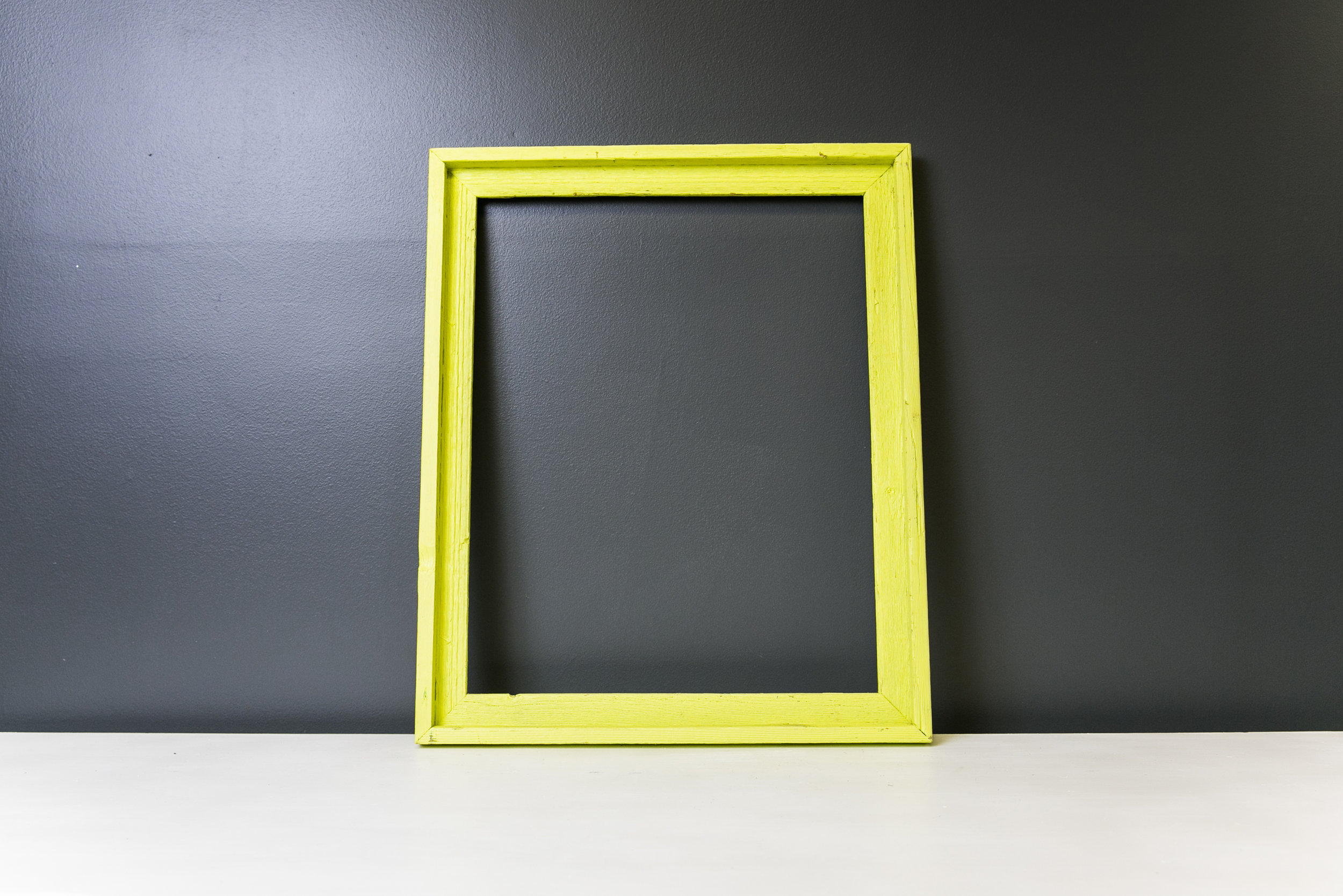 Arlington Rustic Kermit Frame 19 x 22