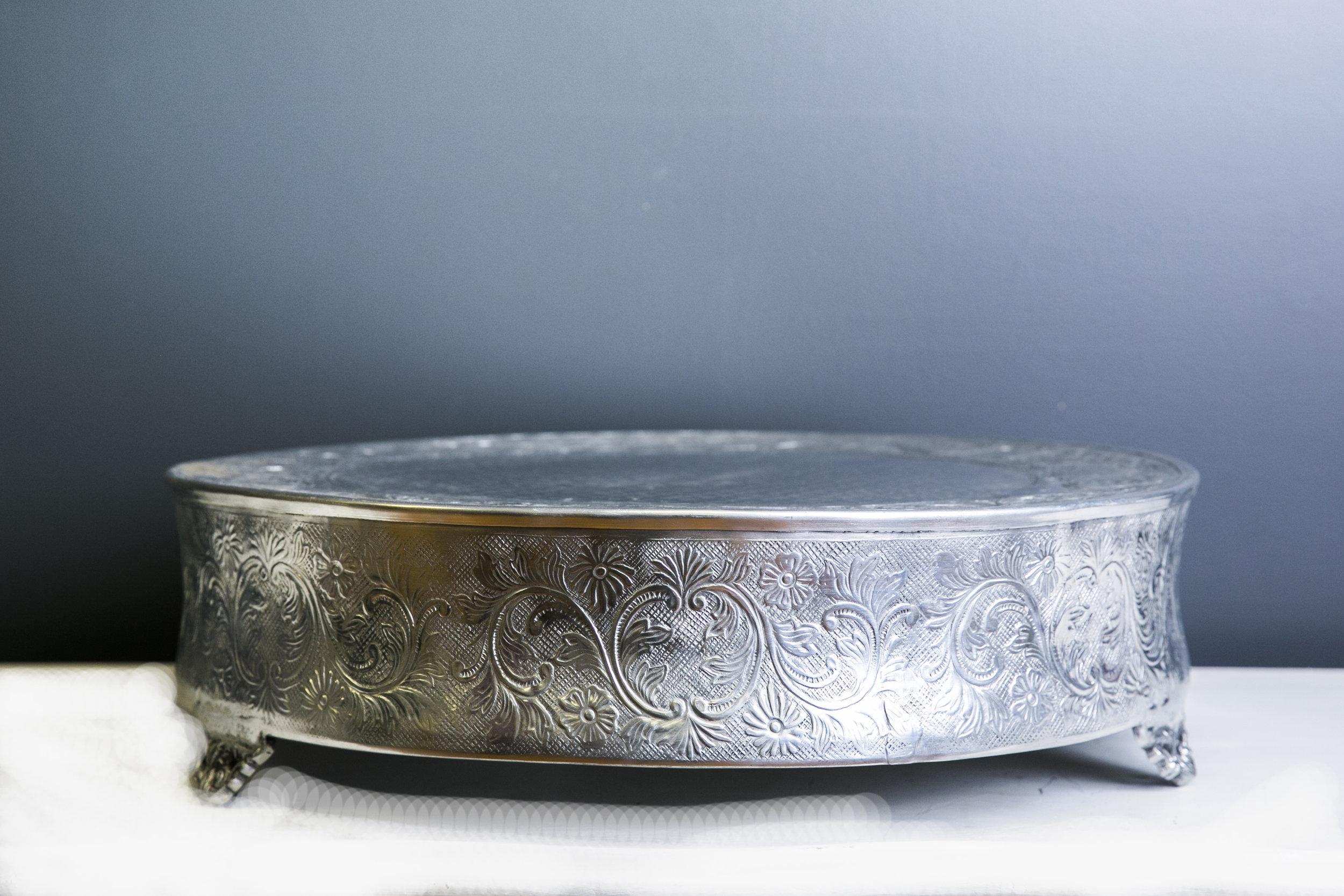 Elizabeth Cake Drum 22 inch - Silver