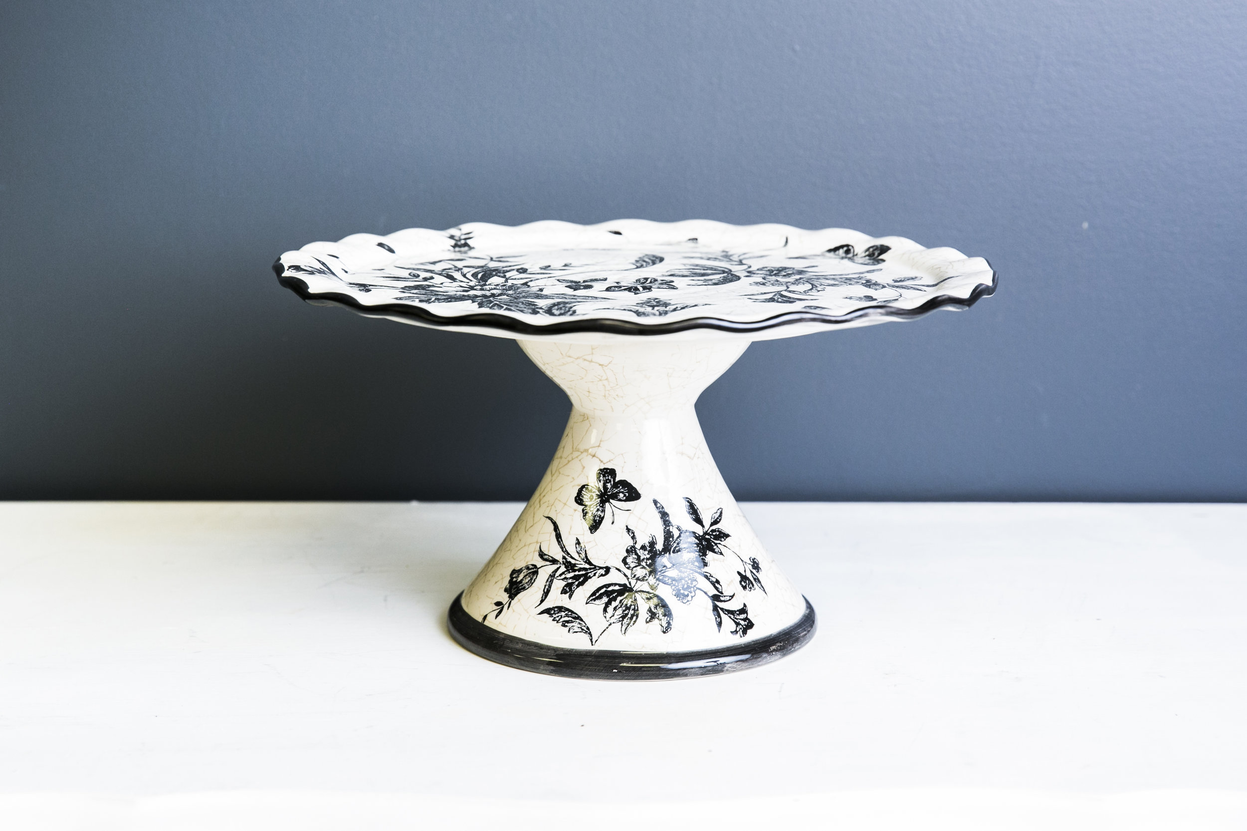 Rory Cake Plate Stand - White Black Design