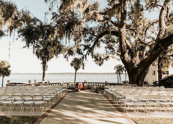 1+-+Southern+Charm+Events+%E2%80%93+Club+Continental+%E2%80%93+Club+Continental+Wedding+%E2%80%93+Jacksonville+wedding+%E2%80%93+Jacksonville+wedding+planner+-+outdoor+wedding+ceremony.jpg