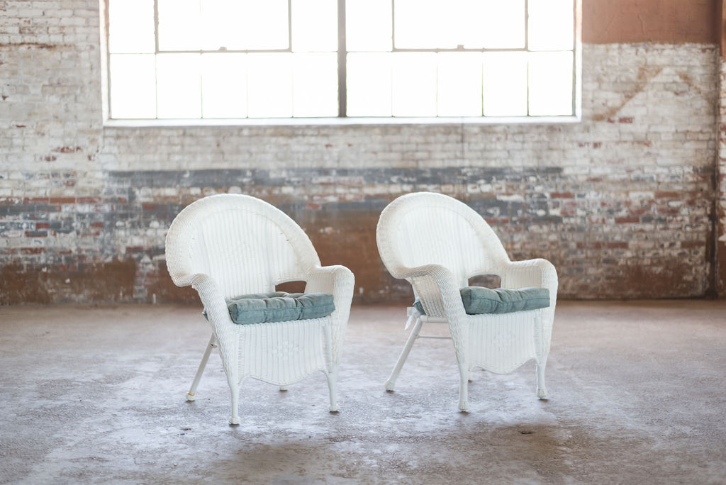 The Pearls White Wicker Chairs
