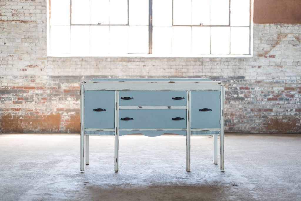 Skye Buffet (Blue-White-Ivory)