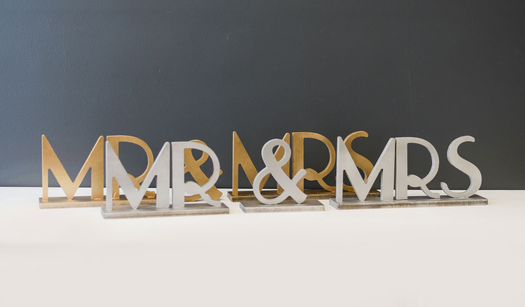 Mr & Mrs Table Signs - Deco Art (Silver and Gold)