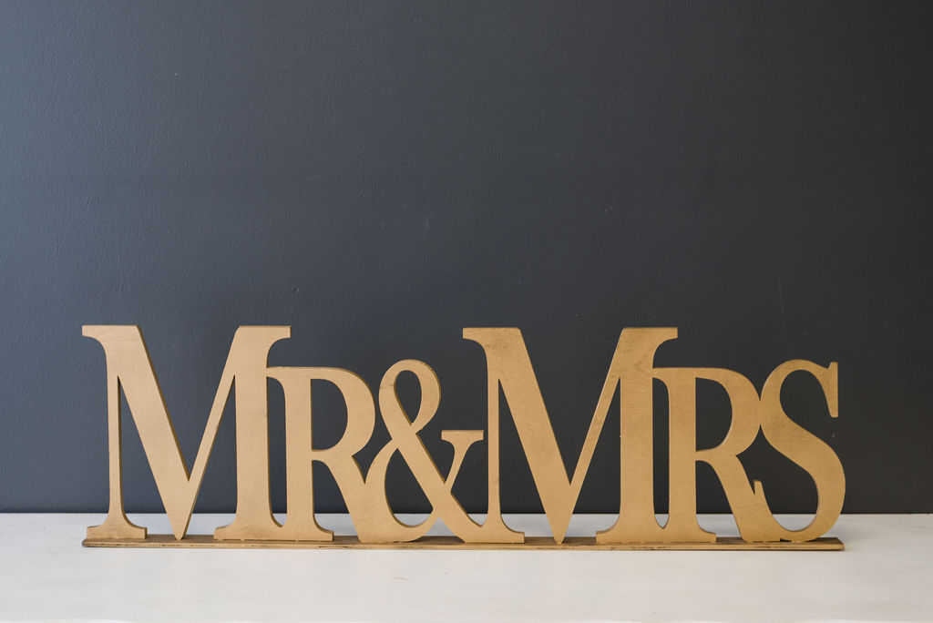 Wooden Large Mr & Mrs Sign (Gold)