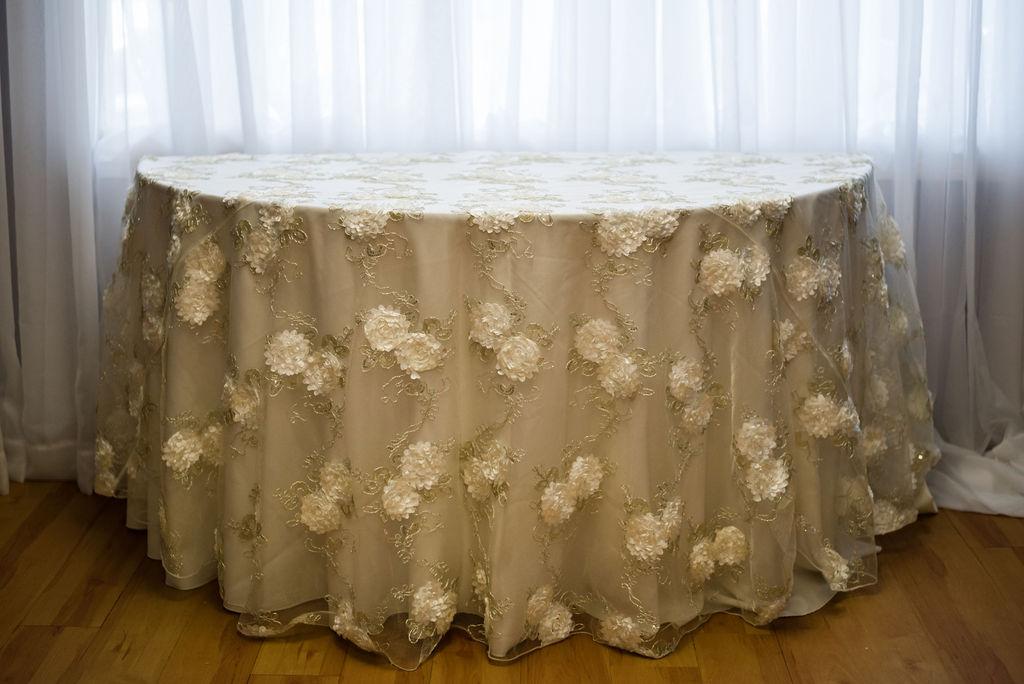 120R Ivory Florette Overlay Linen