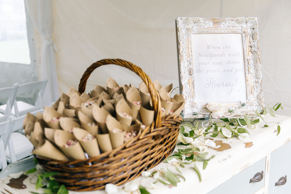 Southern Charm Events – Southern Charm Rentals – Atlantic Beach Country Club - petal toss .jpg