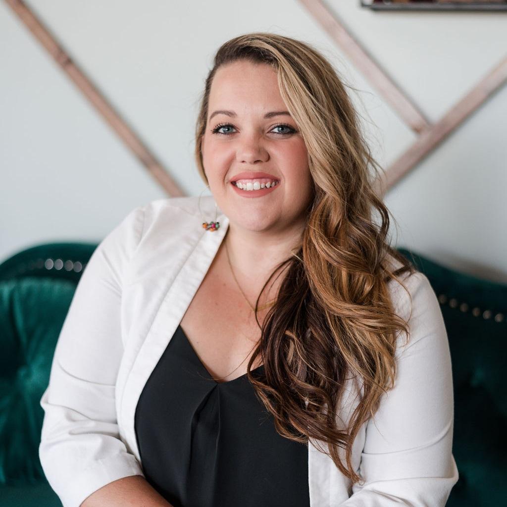 Ashley-Smith-associate-wedding-planner-jacksonville-florida.jpg