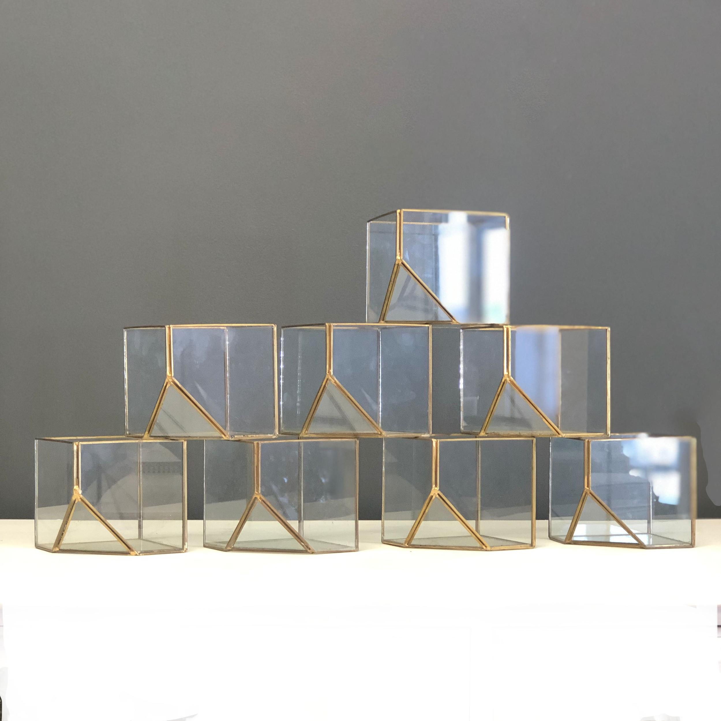 Terrarium - Gold Glass (Block)