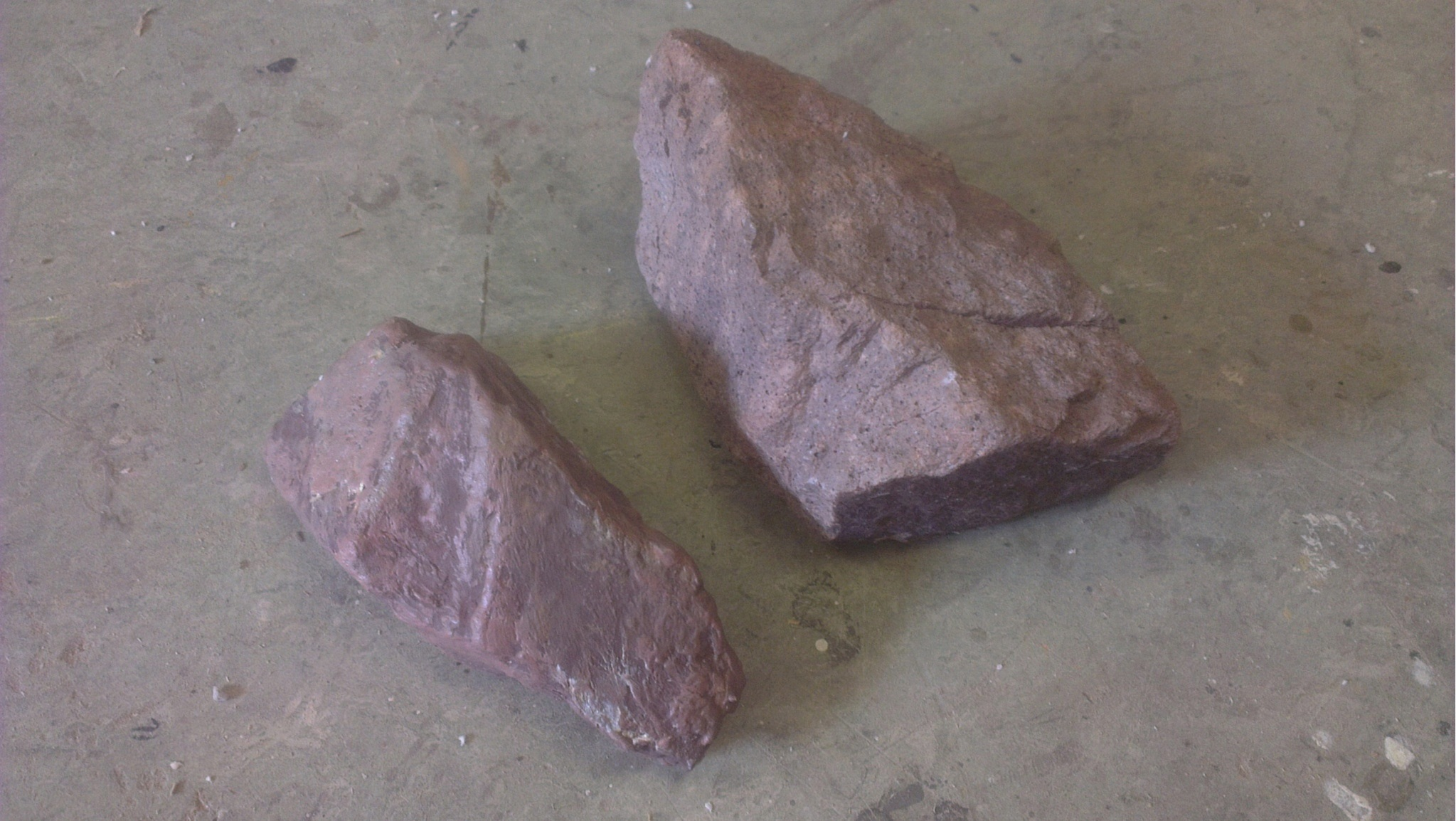 Faux stone test: one of the two is a real rock, the other one is a replica I made