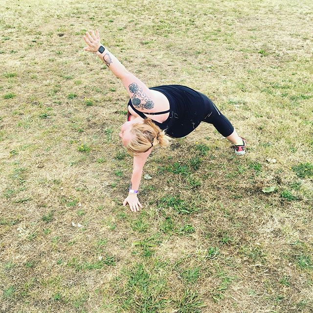 Wild Thing at Bootcamp this morning. Fab yoga and abs class 💛 * BOOTCAMP IS FOR EVERYONE * £10 for single class £15 for a 3 class card £30 for an unlimited 28 days www.blackheath-bootcamp.co.uk Link in bio #affordablefitness #outdoortraining #community #blackheathcommunity #greenwichcommumity #sandbagtraining #lebertequalizer  #greenwich #blackheath #bootcamp #fitness #groupclass #eltham #leegreen #blackheathbootcamp #charlton #lewisham #strength #fitnessclass #training #running #runclub #blackheathvillage #yoga #pilates #personaltraining #pt #strengthtraining