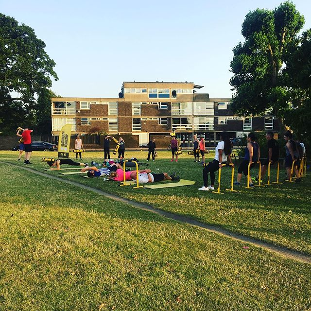 Nice job everyone .... warm .. but thankfully a cool breeze and lots of water sprayers 💛 * BOOTCAMP IS FOR EVERYONE * £10 for single class £15 for a 3 class card £30 for an unlimited 28 days www.blackheath-bootcamp.co.uk Link in bio #affordablefitness #outdoortraining #community #blackheathcommunity #greenwichcommumity #sandbagtraining #lebertequalizer  #greenwich #blackheath #bootcamp #fitness #groupclass #eltham #leegreen #blackheathbootcamp #charlton #lewisham #strength #fitnessclass #training #running #runclub #blackheathvillage #yoga #pilates #personaltraining #pt #strengthtraining