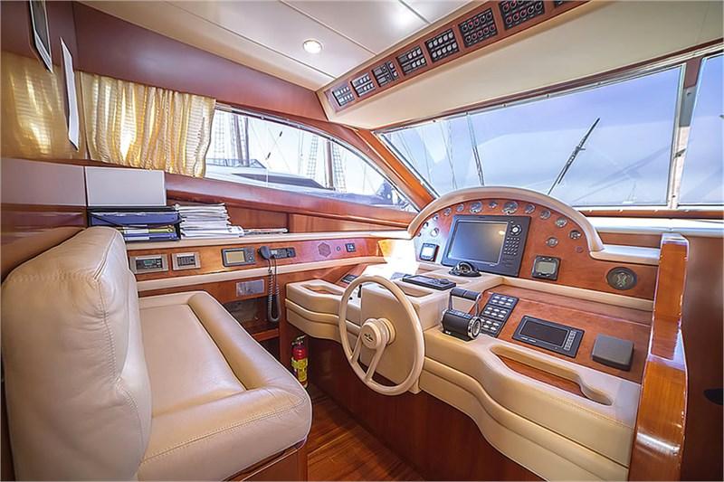 Motor+Yacht+Albatros+Valef+Yachts+(9).jpg