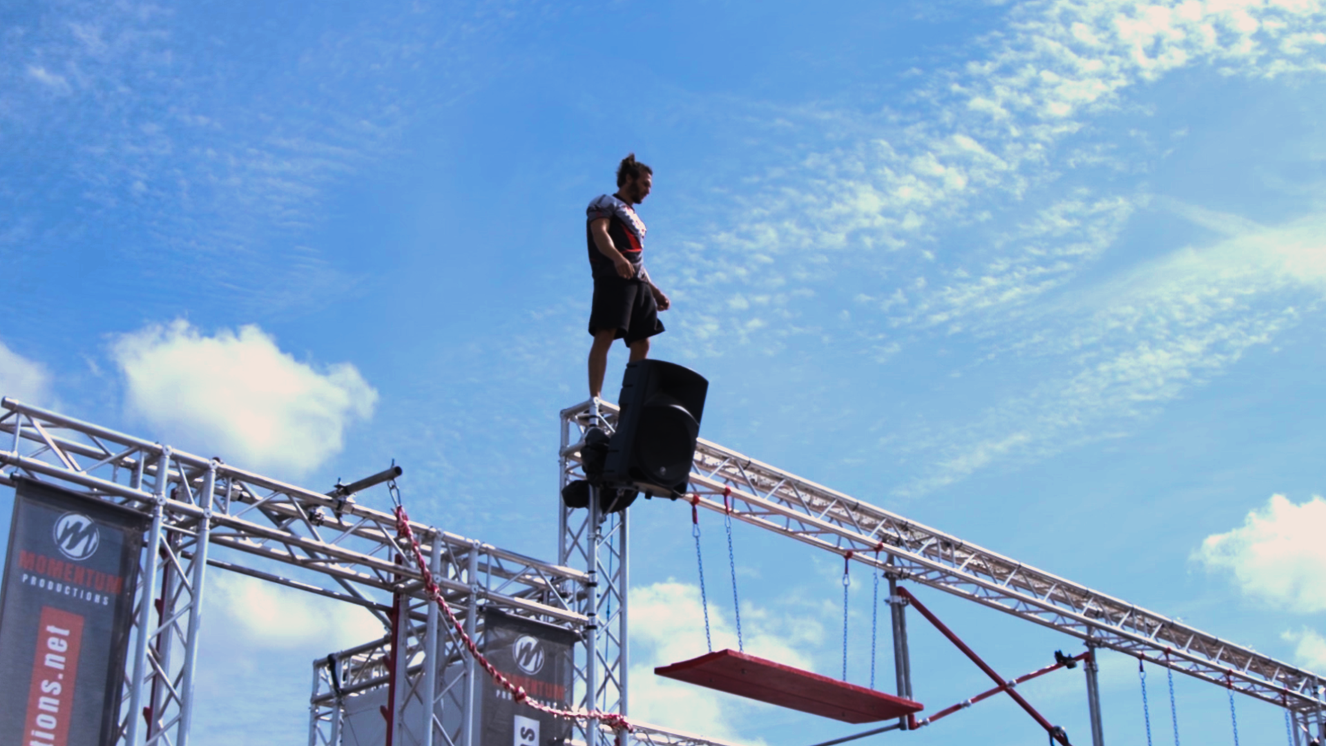 Momentum Productions - Stunt Shows and Strolling Acts