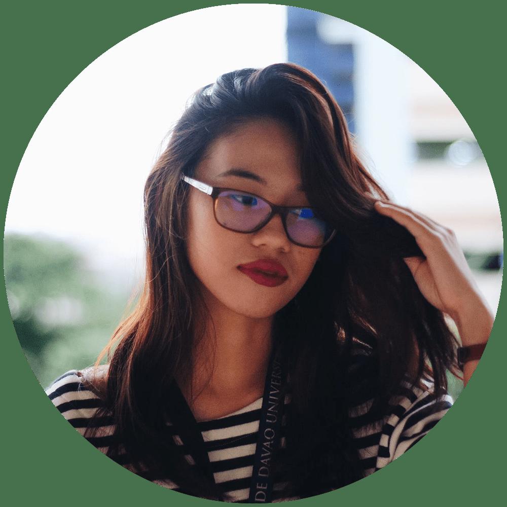 Lara Baarde  The Mananaggal & The Sister