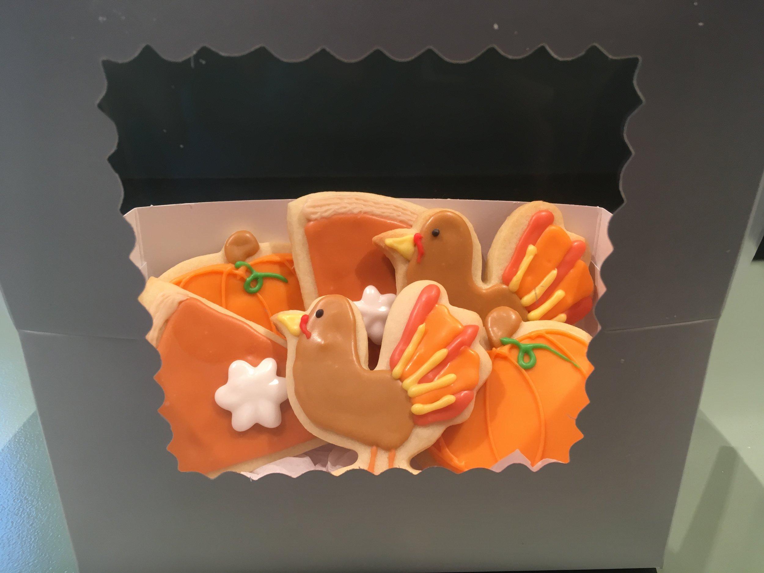 Thanksgiving cookies.JPG