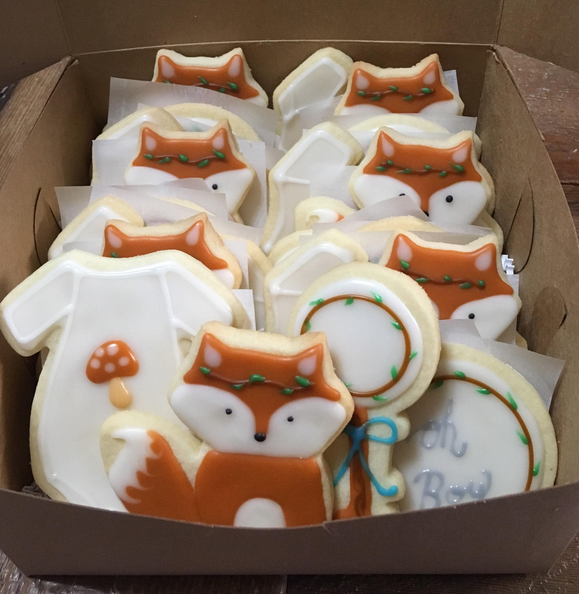 Fox baby shower cookies.jpg