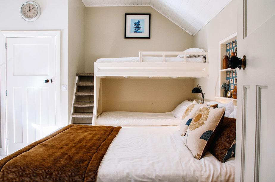 The-Parlour-Room-8.jpg