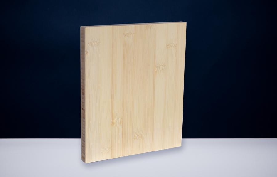 Bamboe 200 x 250 x 20 mm   Afmeting tombstone: 200 x 250 x 20 mm  Prijs per stuk € 55,00 | Art. B206