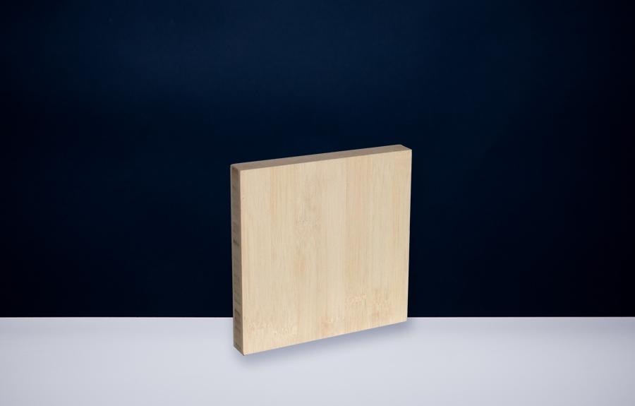 Bamboe 150 x 150 x 20 mm   Afmeting tombstone: 150 x 150 x 20 mm  Prijs per stuk € 35,00 | Art. B203