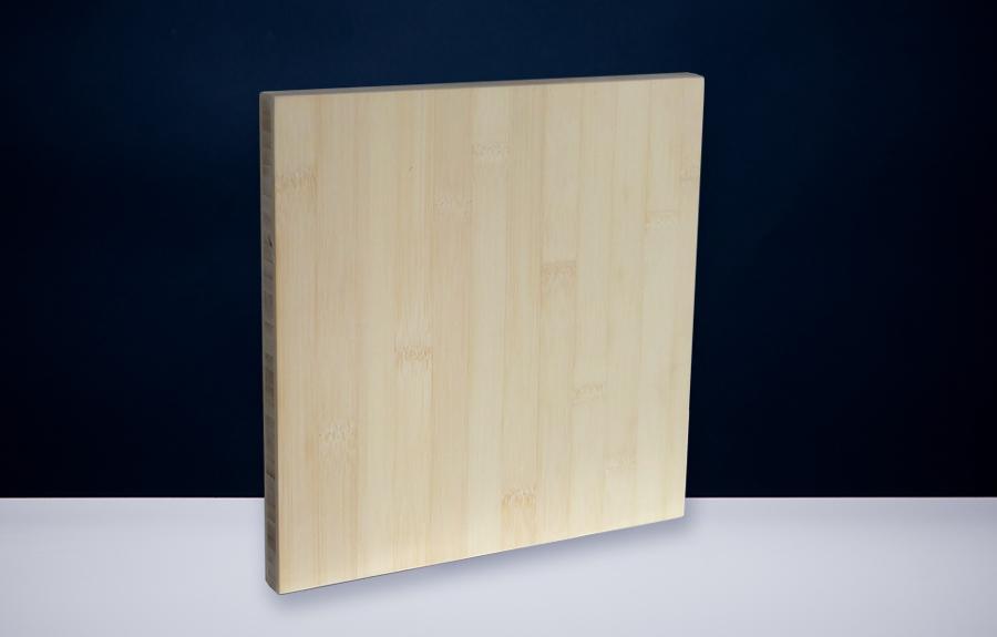 Bamboe 250 x 250 x 20 mm   Afmeting tombstone: 250 x 250 x 20 mm  Prijs per stuk € 60,00 | Art. B207