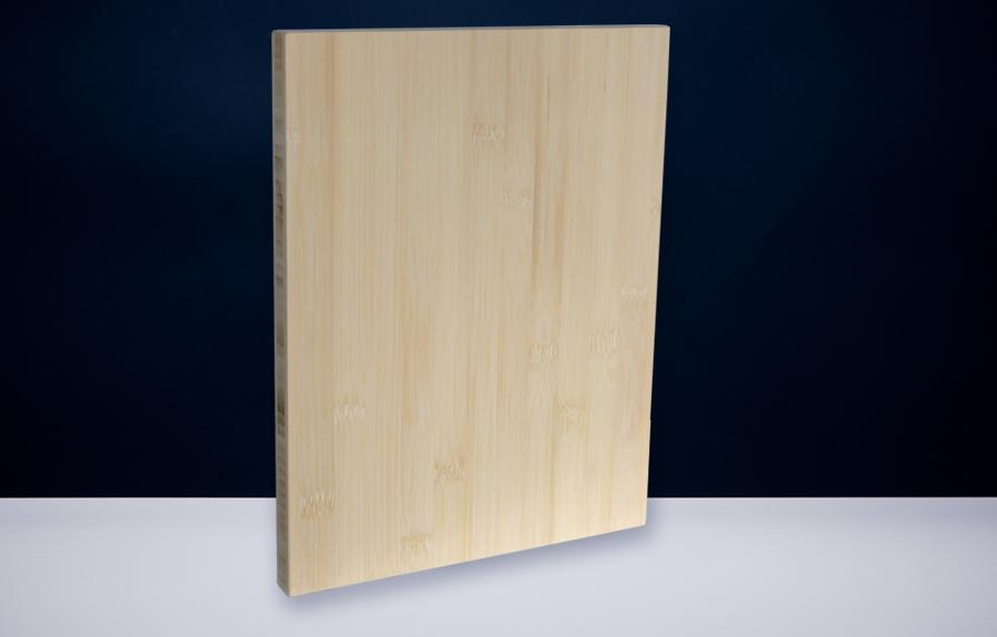 Bamboe 200 x 300 x 20 mm   Afmeting tombstone: 200 x 300 x 20 mm  Prijs per stuk € 65,00 | Art. B208