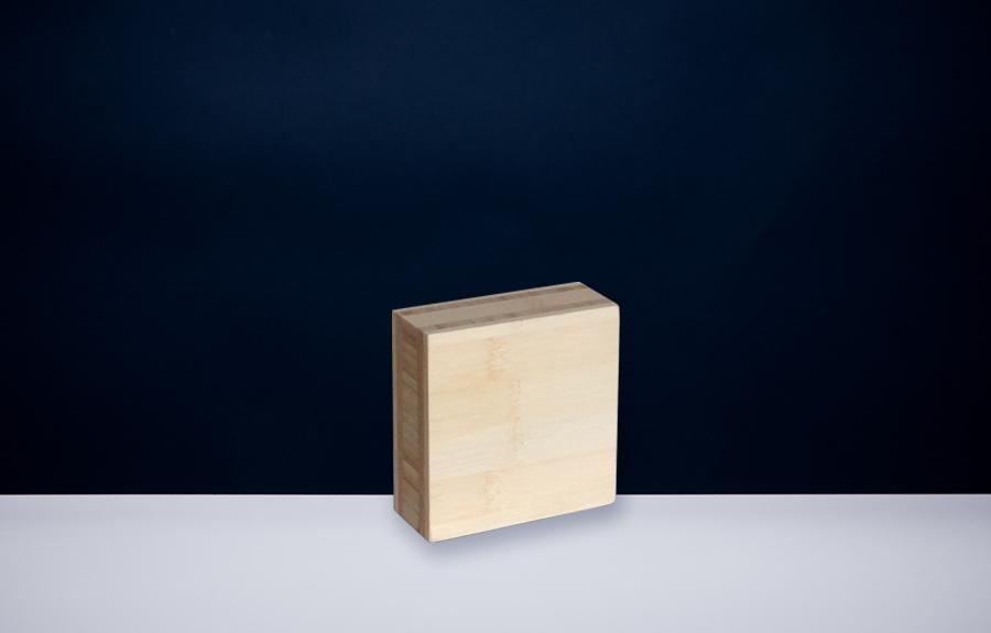 Bamboe 401 | 100 x 100 x 40 mm   Afmeting tombstone: 100 x 100 x 40 mm  Prijs per stuk € 40,00 | Art. B401