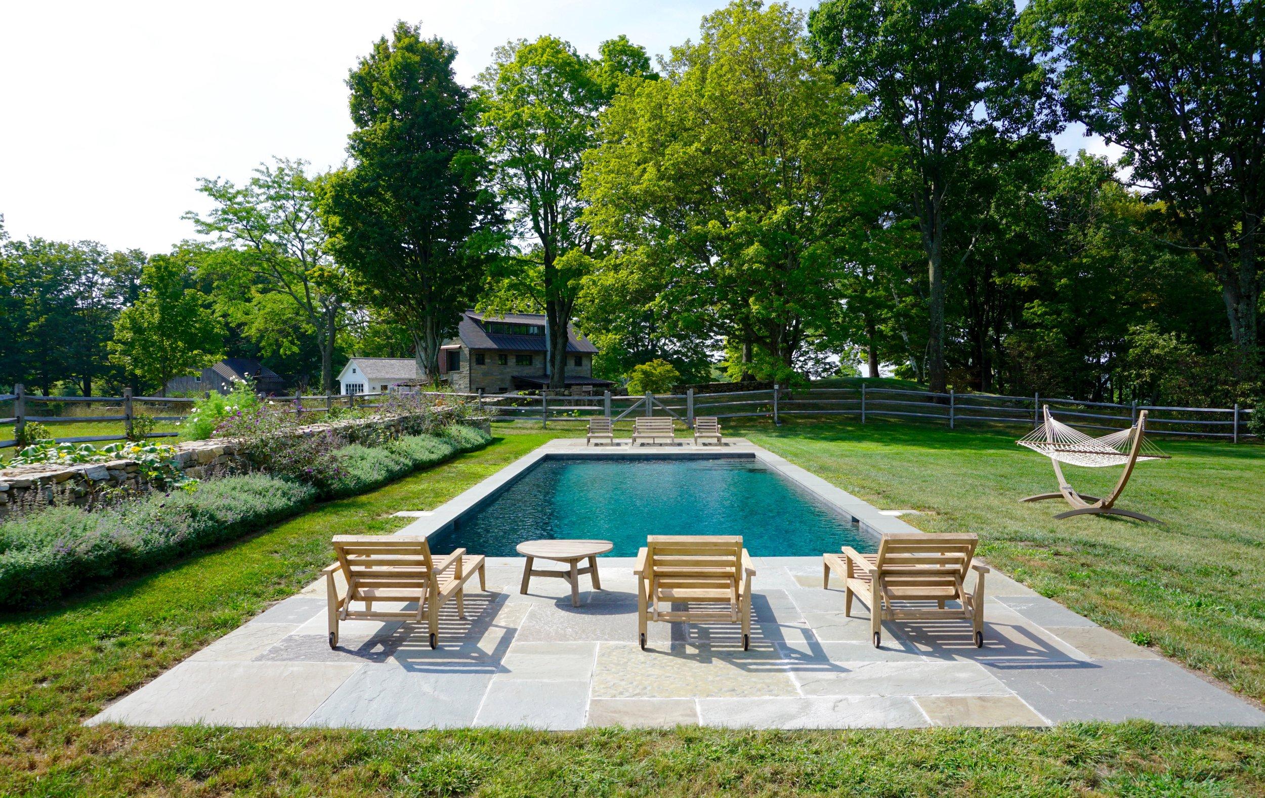In-ground custom gunite rectangular swimming pool