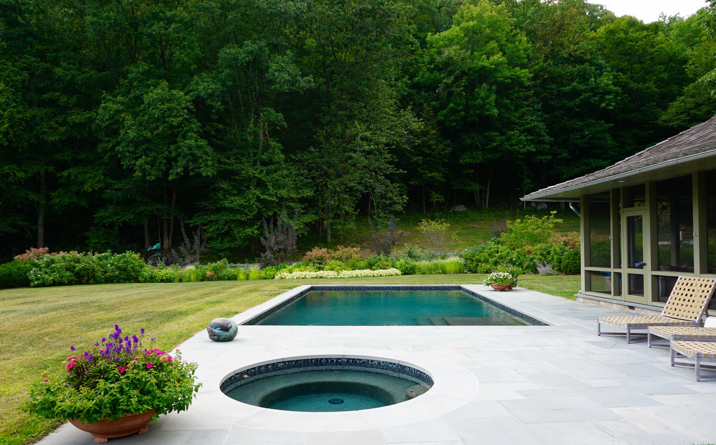 In-ground custom swimming pool and spa