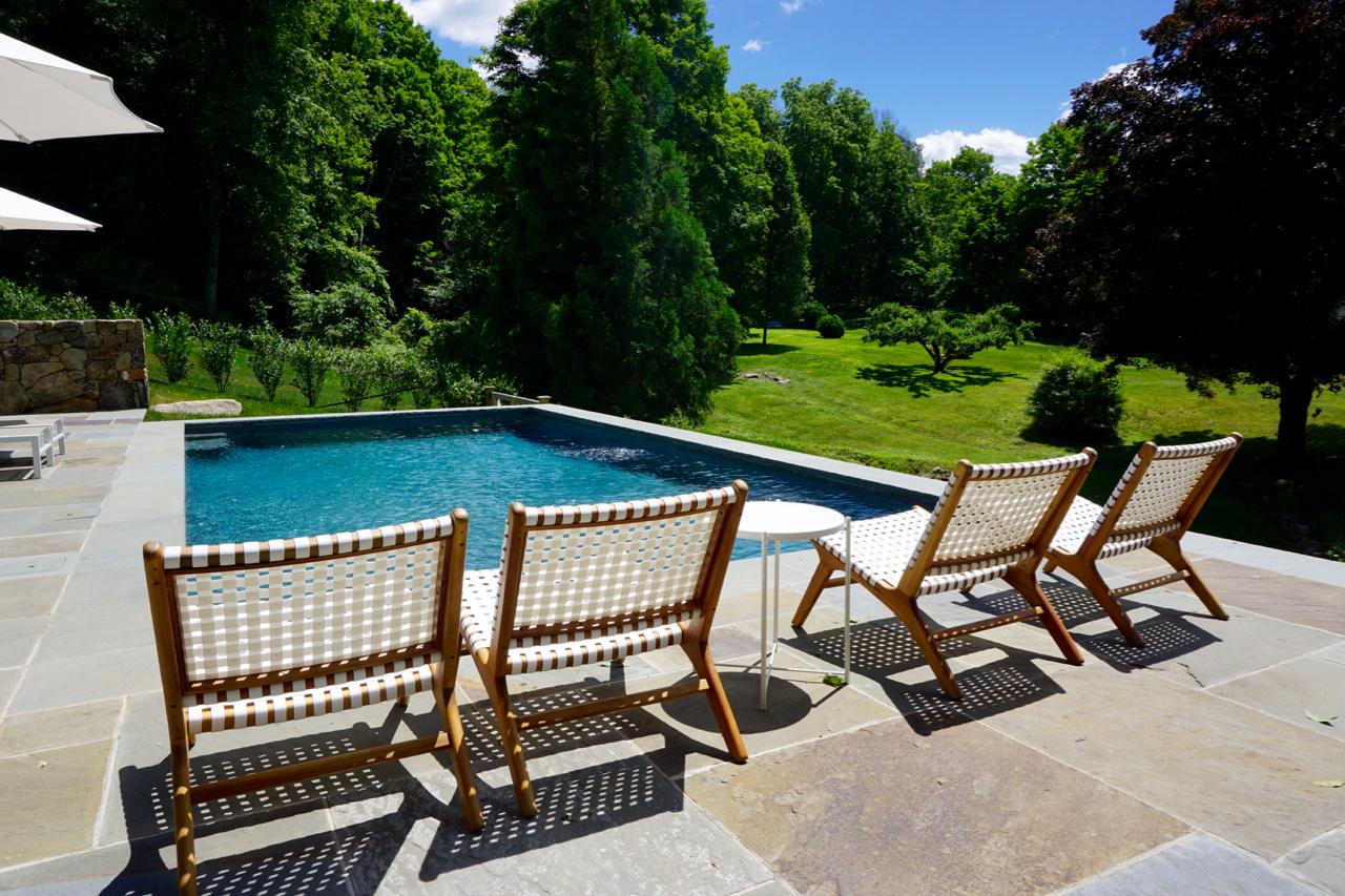 In-ground rectangular gunite swimming pool