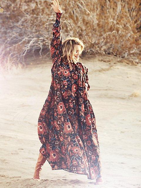 Muse-Maxi-Dress-in-Desert-Floral-Print_08810145_177.jpg