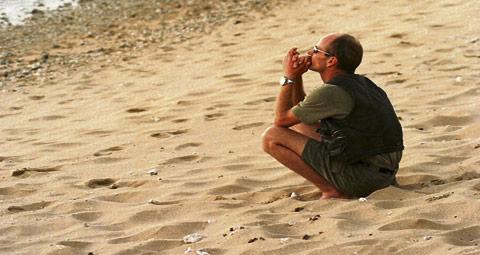10-PRAYING-ON-THE-BEACH.jpg