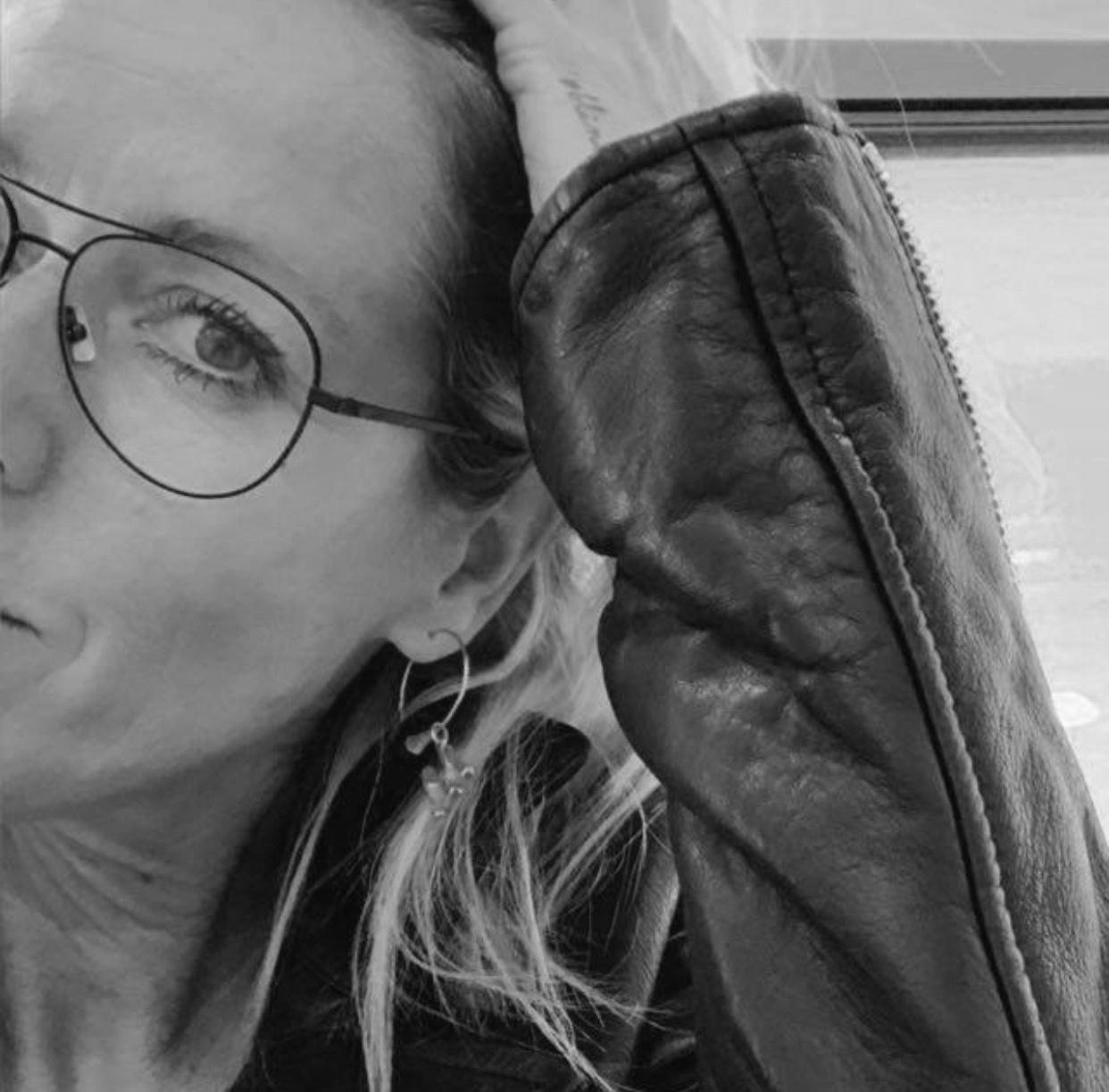 Julia Fröhlich // ceo & owner // froehlich management