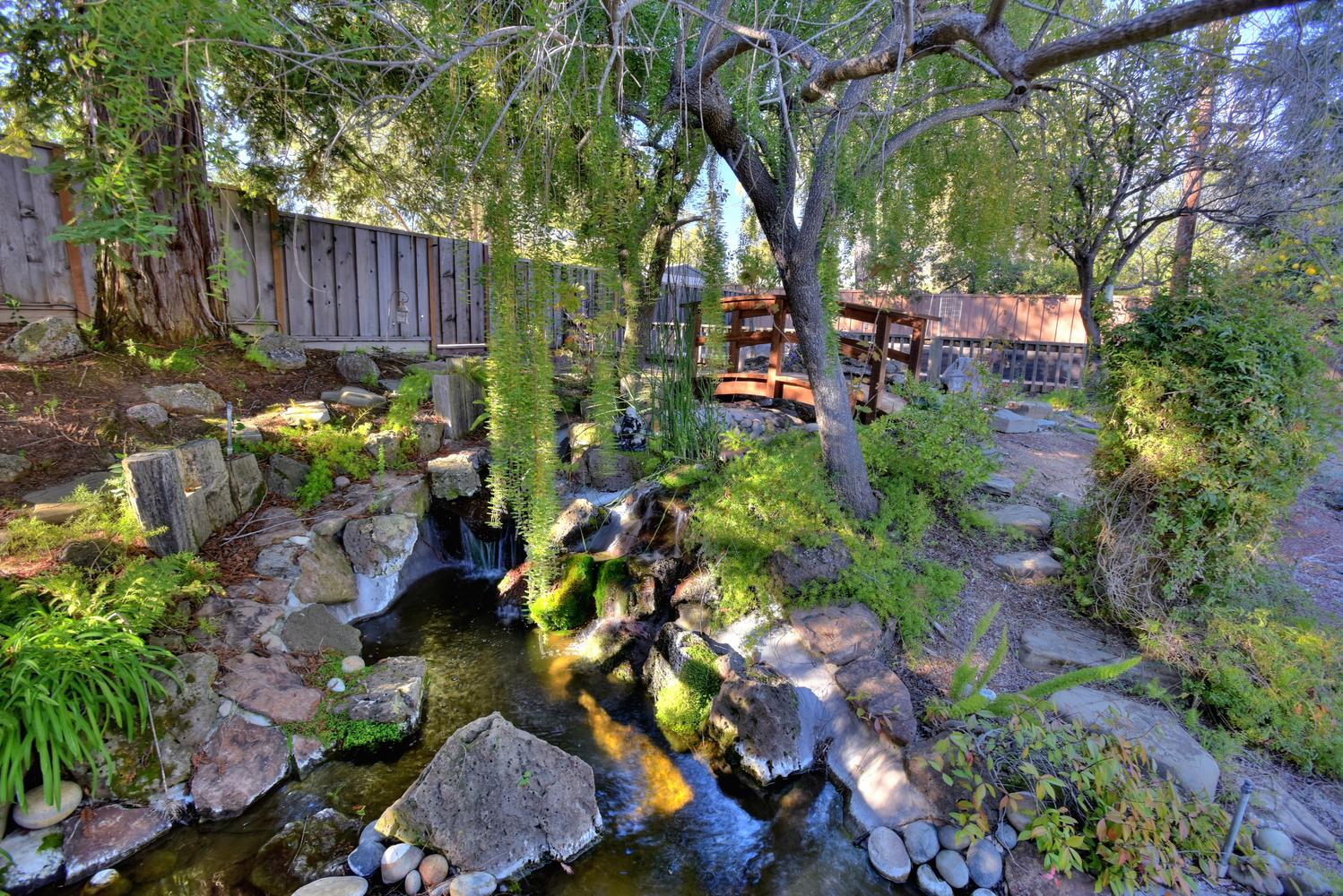 15977 Grandview Dr Monte-large-050-47-Pond and Waterfall-1498x1000-72dpi.jpg