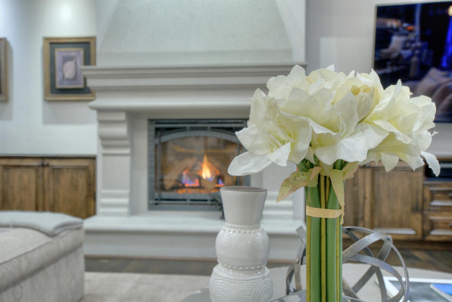 15977 Grandview Dr Monte-large-020-8-Living Room Fireplace-1499x1000-72dpi.jpg